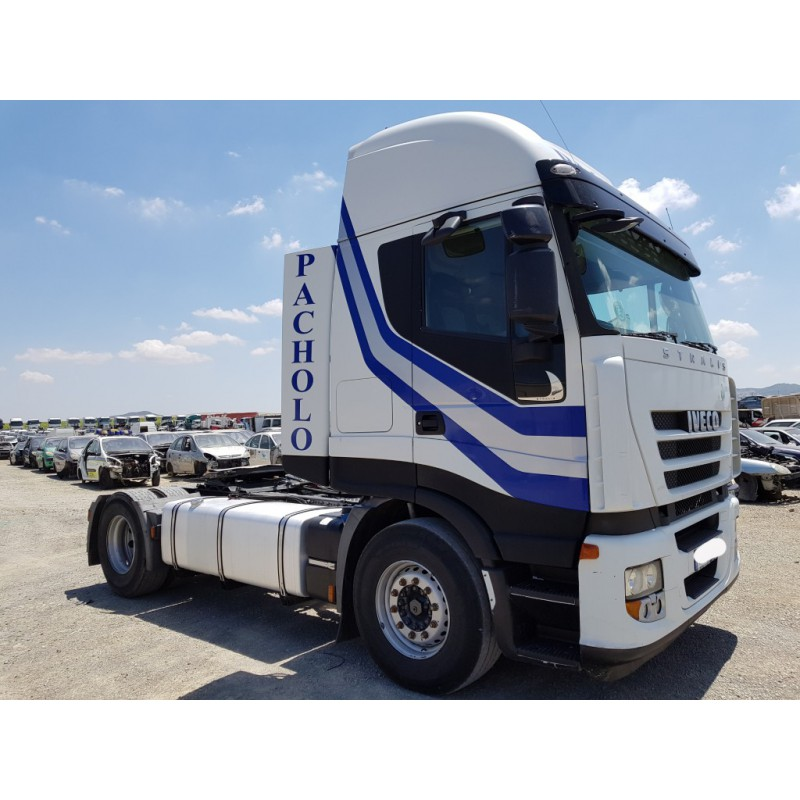 camion-iveco-ano-2009 3