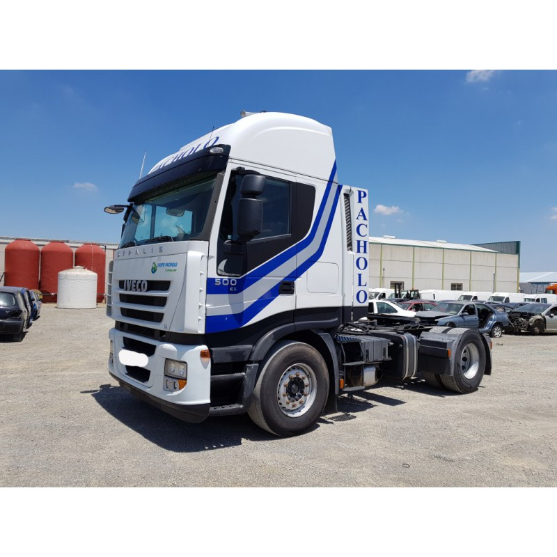 camion-iveco-ano-2009 4