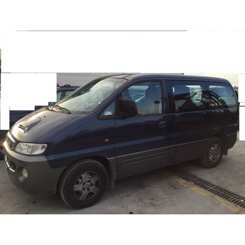 coche-hyundai-h1-de-2002