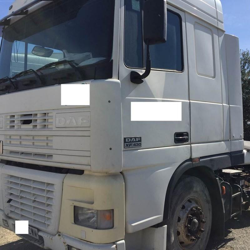 camion-daf-ft95xf490-de-2005 (2)