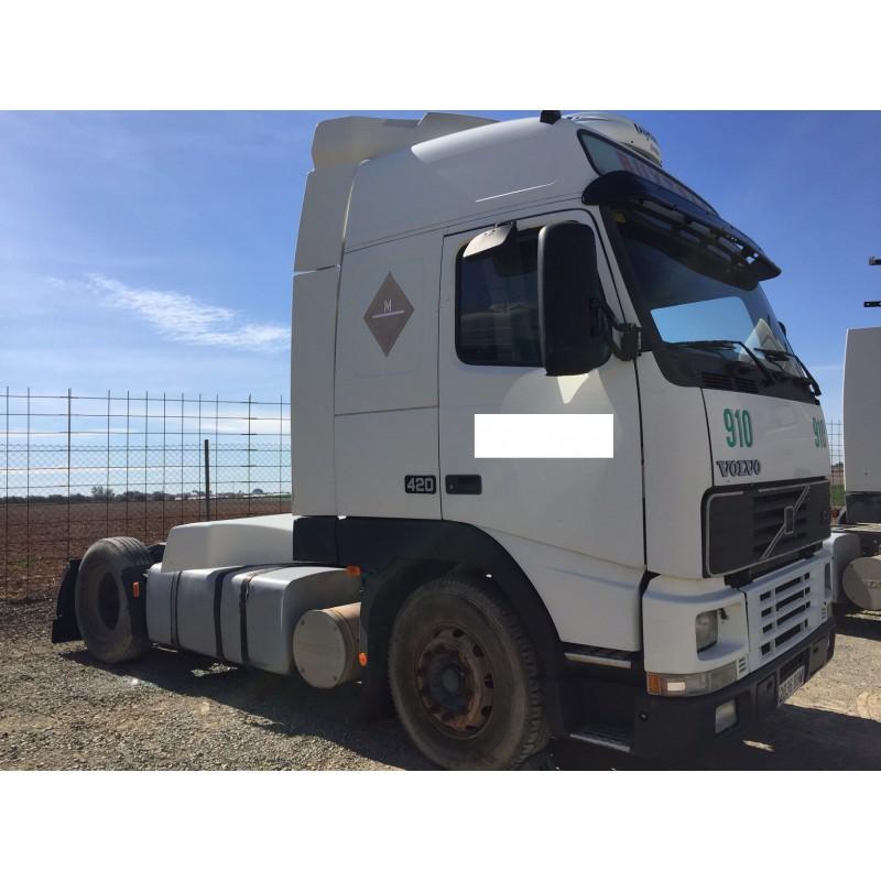 camion-volvo-del-2000
