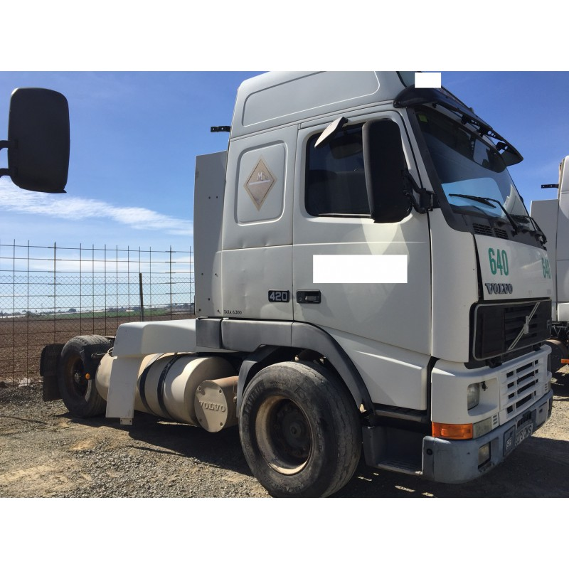 camion-volvo-del-2003 (2)