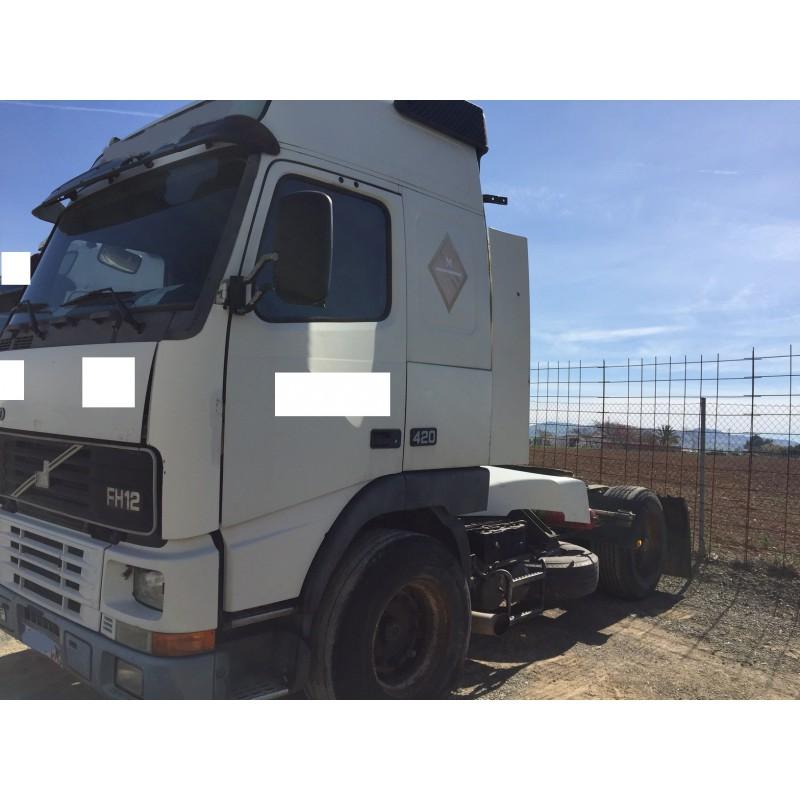 camion-volvo-del-2003 (3)