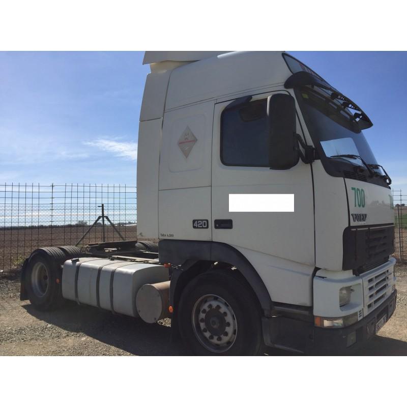 camion-volvo-del-2004 (2)