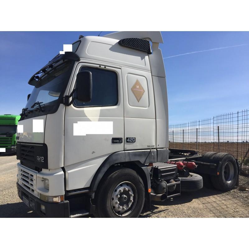 camion-volvo-del-2004 (3)